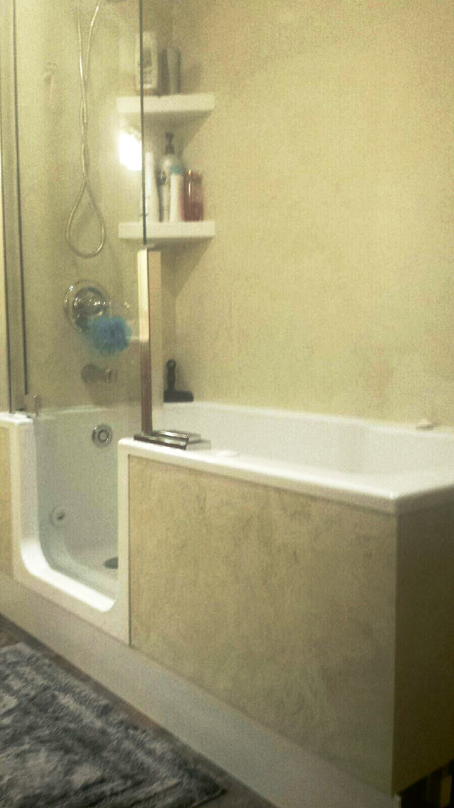 Acryline Twinline Tub and Shower Door